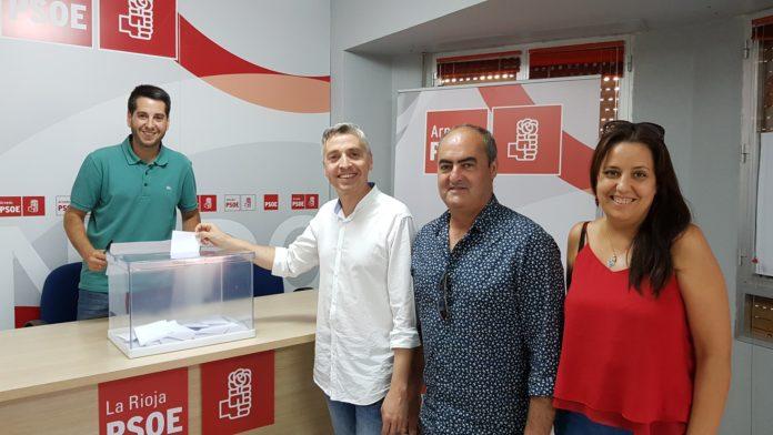 Los socialistas Javier García, Pedro Montalvo, Francisco Ocón y Maria Jesús Zapata