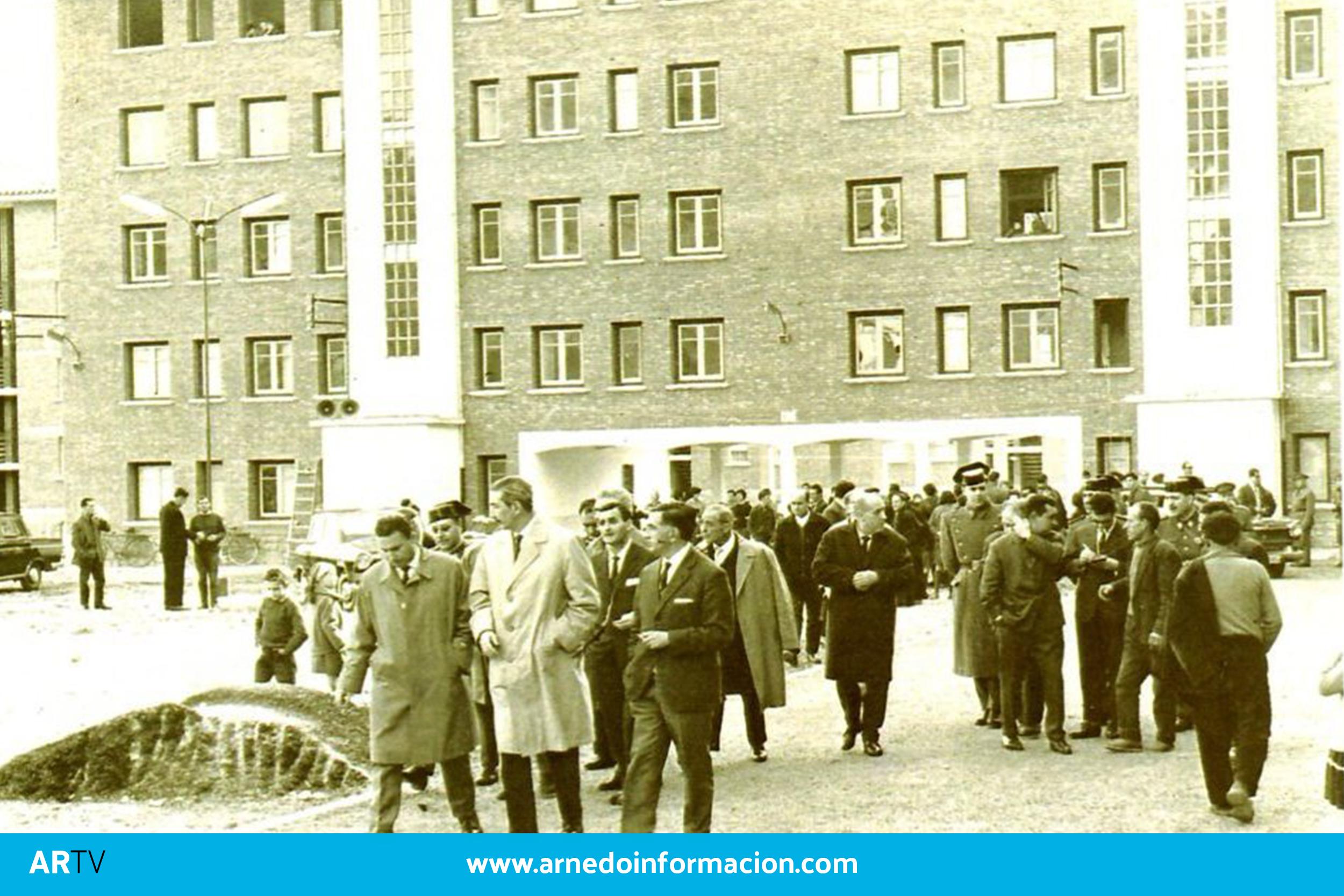 Inauguración de las viviendas de Orenzana, 1964