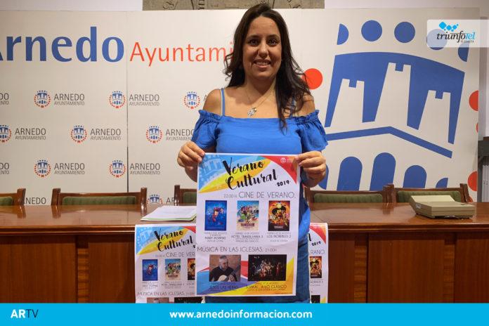 María Jesús Zapata durante la rueda de prensa del Verano Cultural de Arnedo