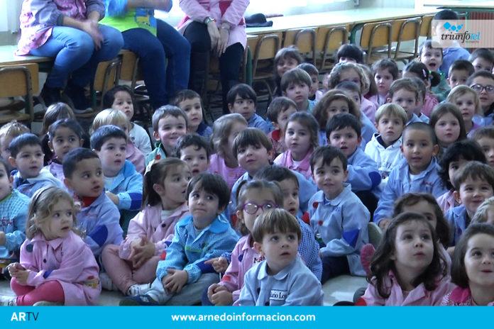 Los alumnos del colegio Antonio Delgado Calvete celebraron Santa Cecilia