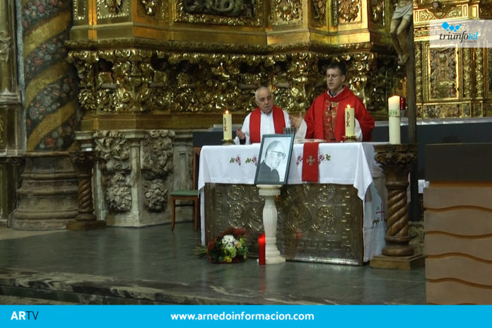 Misa celebrada en la iglesia de San Cosme y San Damián en homenaje a Don Luis