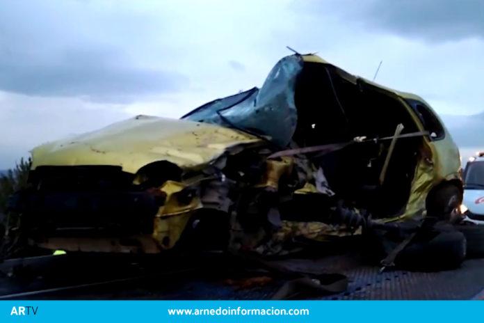 Accidente de coche en la Nacional N-232